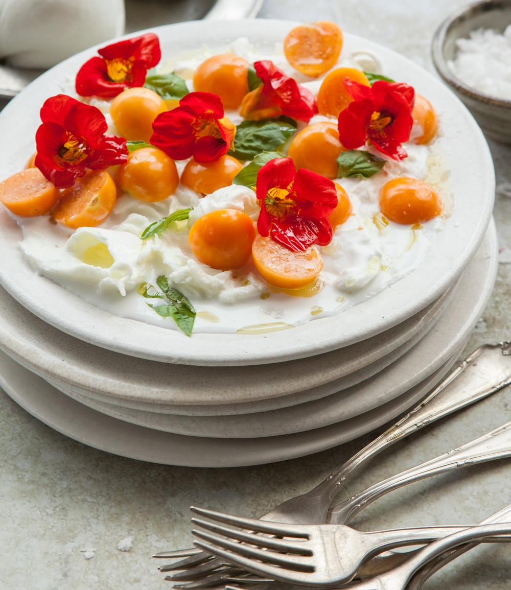 Read more about the article Goldenberry and Buratta Salad
